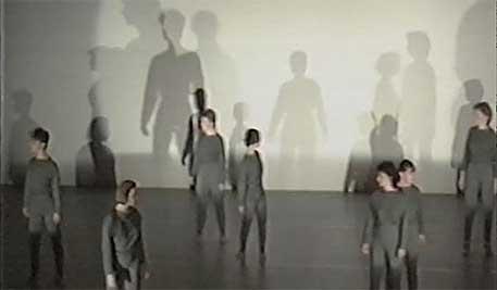 Video anschauen (1:04:09), archiviert durch Stiftung SAPA (Schweizer Archiv der Darstellenenden Künste). Mehr Infos im Online-Katalog Schweizer Tanzarchiv